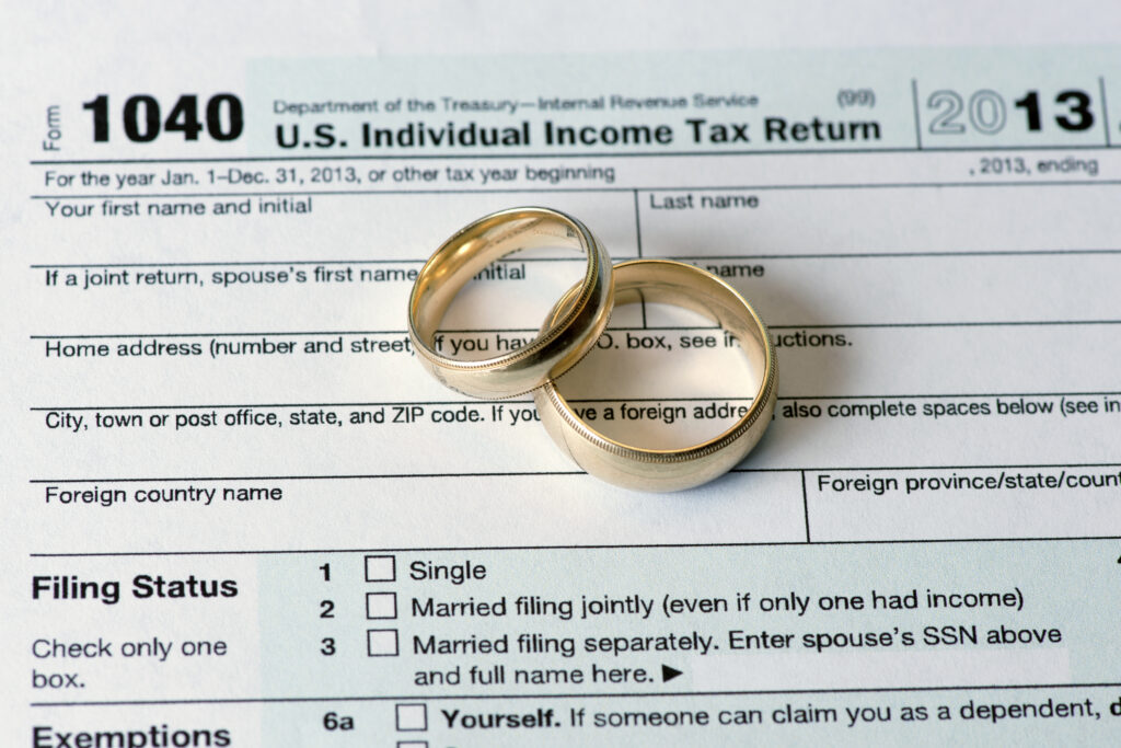 Getting divorced being aware of tax issues could save you next if you are going through a divorce it is critical for you and the professionals working with you to keep an eye on tax issues that could save or solutioingenieria Gallery