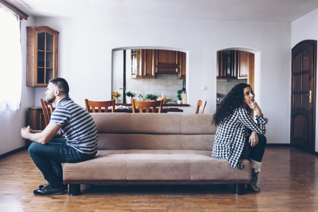 3 Reasons Why Your Spouse Is Distant From You